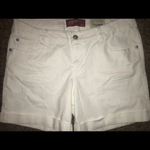 16 plus girls shorts new with tag